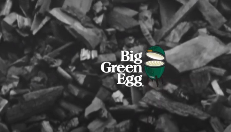 Charcoal Big Green Egg