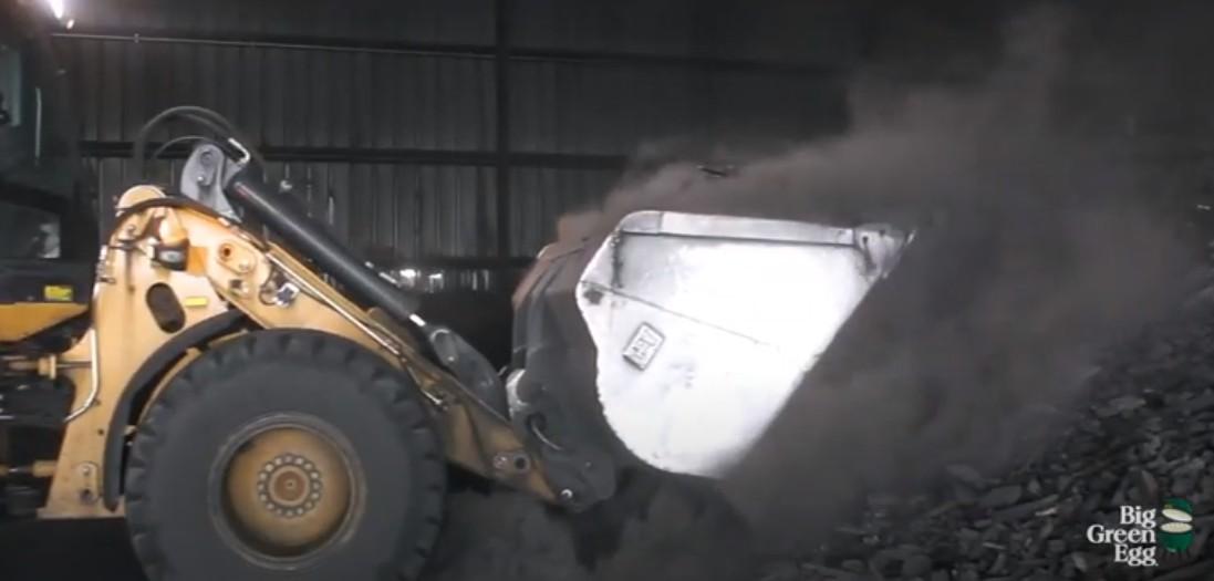 Уголь кусковой натуральный гикори и дуб для гриля