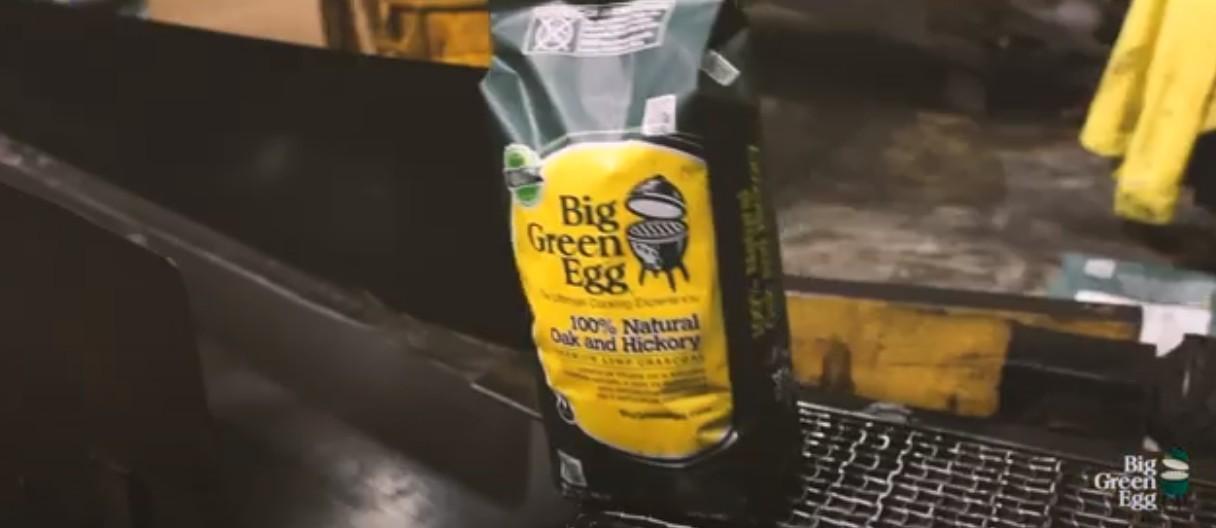Стабильно качественный уголь Big Green Egg